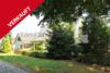 Mecklenburg, Zwei Einfamilienhäuser mit Werkstattgebäude und Ackerland - Objektansicht Strasse