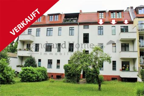 Freiwerdende 2-Zimmer Altbauwohnung mit Sonnenbalkon, 13156 Berlin, Etagenwohnung